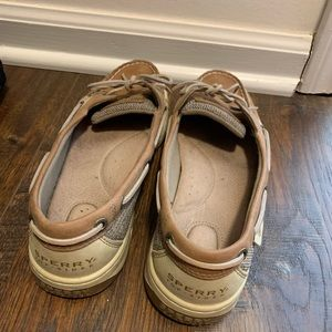 Sperry Shoes - Sperry boat shoes size 9